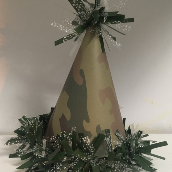 Army print party hat!
